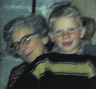 Annie Balchen og barnebarnet Erling Grieg