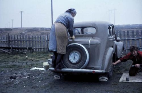 Annie Balchen stelte godt med den gamle Opelen til far sin