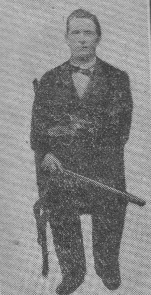 Storspelemannen Jehans Slåstugun. Han vart født i Slåstugu i 1837. Han var rekna for å vere ein dei beste felespelarane i Gudbrandsdalen. Det er også ein god del gode komposisjonar etter honom. Han reiste til Amerika i 1873. Der fekk han tilbud om å kome til Russland og bli hoffmusikar hos den russiske tsaren, men han takka nei.