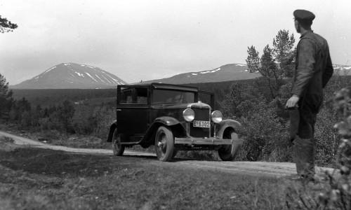 Biltur i Skåbu (foto frå Per Ottesen)