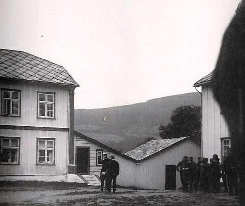 Kong Haakon på Hundorp olsok 1921. (foto frå Per Ottesen)
