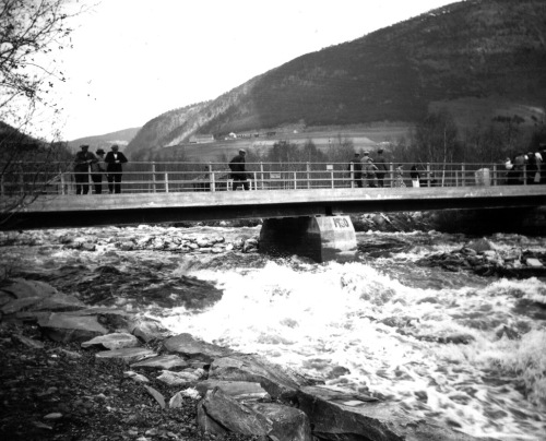 Flom i Kvam 1938. Foto frå Per Ottesen