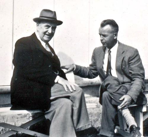 Francis Bull og Are Stauri på Gudbrandsdal folkehøgskule i 1960