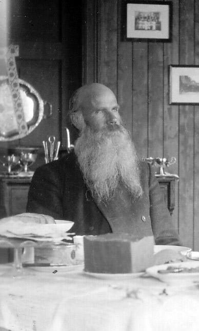 Olav Åsmundstad