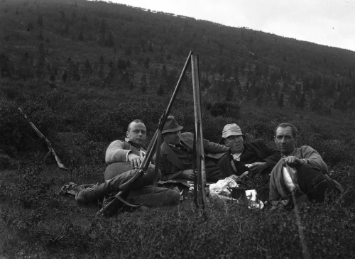 Skyting ved Dybdokktjern 1907