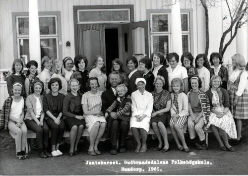 Jentekurset 1965