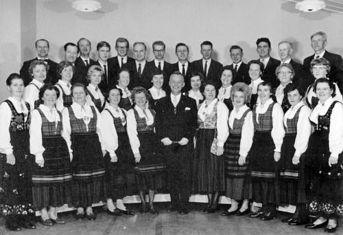Vinstra sangkor 1975