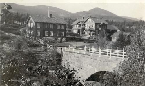 Nr. 136 1918. Harpebrua 1897 - 1940.
