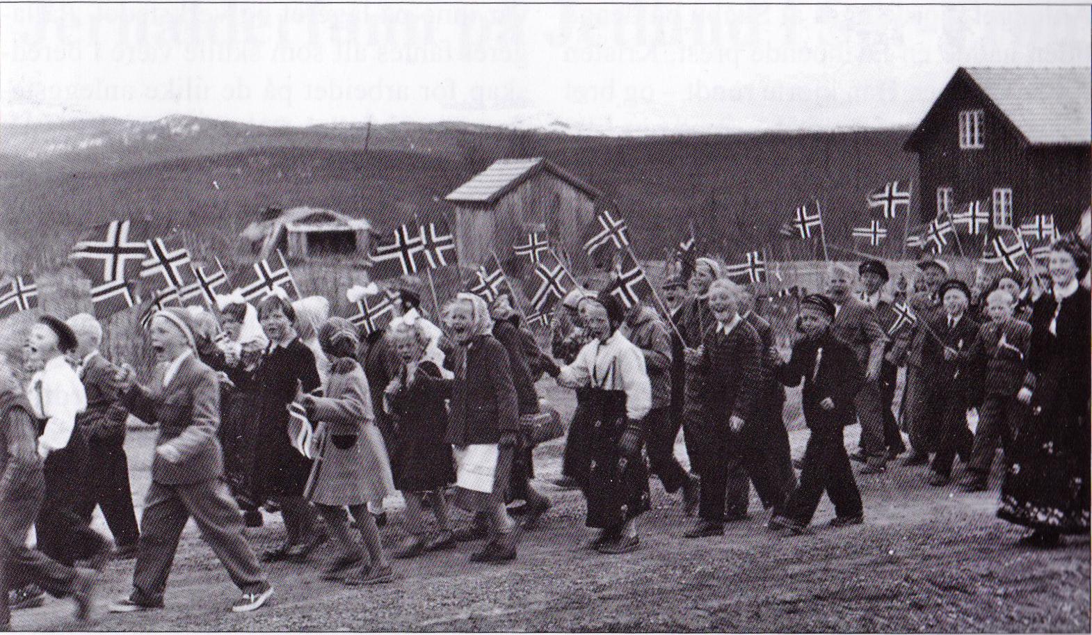 17. mai i Skåbu i 1956. Foto fra familien Bakkevig.