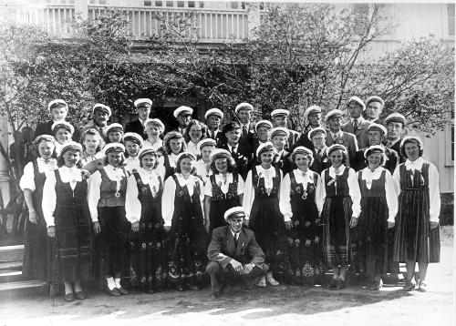 img077-sor-fron-sangkor-17-mai-1948-se-tekst-bilde-nr-78