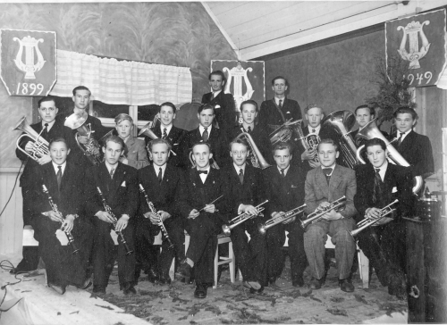 img079-hundorp-musikklag-50-a%cc%8ar-april-1949-se-tekst-bilde-nr-80